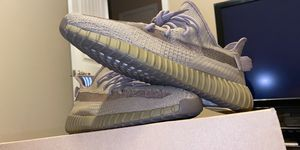 Yeezys earth for Sale in Pflugerville, TX