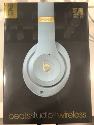 Beats studio 3 wireless for Sale in Long Beach, CA