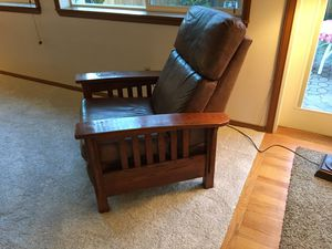Recliner leather for Sale in Tacoma, WA