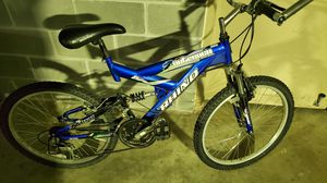 Mountain bike for Sale in Bailey's Crossroads, VA