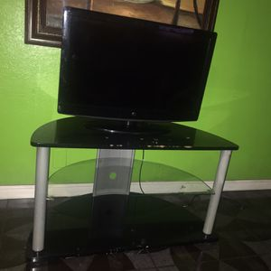 Tv 32 Inch For Sale for Sale in Hesperia, CA
