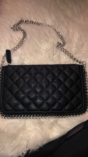 Forever 21 wristlet for Sale in Vancouver, WA