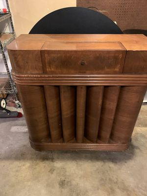 1930s Vintage Chicago Radio Console for Sale in Seattle, WA