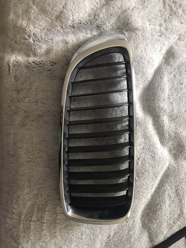 2014 BMW 428i driver side grill