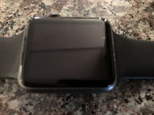 42mm series 3 Apple Watch size M/L for Sale in San Leandro, CA