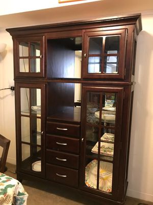 Kitchen cabinet for Sale in Moon, PA