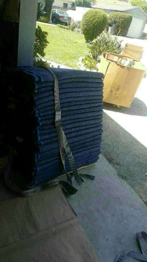 MOVING Blankets and boxes (new) for Sale in South Gate, CA