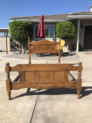 Twin bed frame for Sale in Fontana, CA