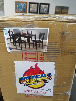 5 pc dining table set for Sale in Madera, CA