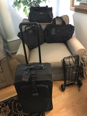 Tumi full luggage package of 4 or brief case : computer bag individual for Sale in Pittsburgh, PA