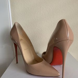 So Kate Louboutin heels - Size US 9.5 for Sale in Carrollton, TX