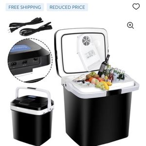 Ice chest With Electric Cooler. for Sale in Delano, CA