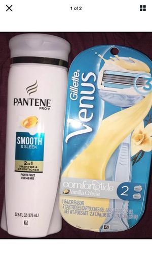 Venus Comfort Glide Razor & Pantene 2in1 for Sale in Pottsville, PA
