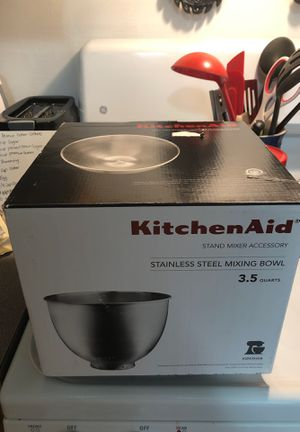 Small kitchen aid mixer bowl for Sale in Medina, OH