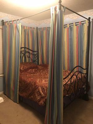 Canopy Bed-Corner Desk for Sale in Katy, TX