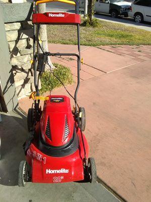 Lawn mower casi nueva for Sale in Perris, CA