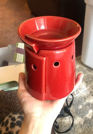 Scentsy warmer & wax (BRAND NEW) for Sale in Provo, UT