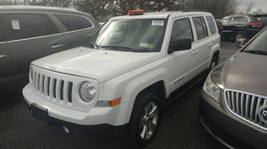 2012 Jeep Patriots 4x4 200k miles clean title for Sale in Philadelphia, PA