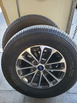 Ford f150 rims and tires. for Sale in Moreno Valley, CA