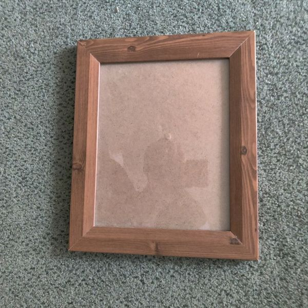 Picture Frame (Simple And Elegant)