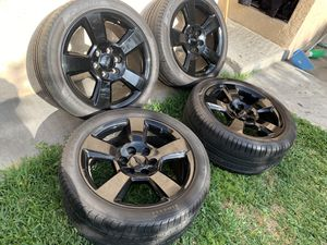 20 inch Silverado stocks 6 lugs run flat tires pirelli for Sale in Downey, CA