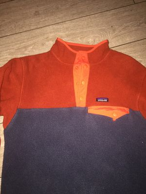Patagonia synchilla sweater / youth XL- Adult XS for Sale in Modesto, CA
