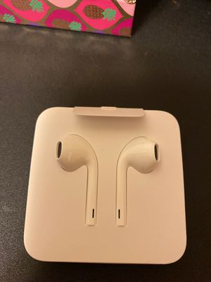 Apple Headphones for Sale in Yuma, AZ