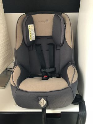 Safety 1 st car seat for Sale in Rochester, NY