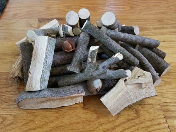 Macadamia Smoking Wood Chunks for BBQ Grilling/Smoker