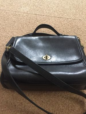 COACH vintage bag with cross body strap for Sale in Silver Spring, MD