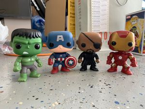 Funko Pop (vaulted avengers) for Sale in Miami, FL