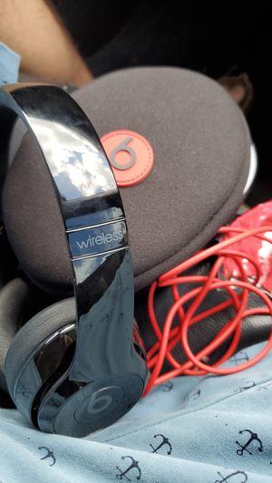 Beats Solo Wireless for Sale in Hialeah, FL