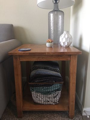 Side table for Sale in Georgetown, TX