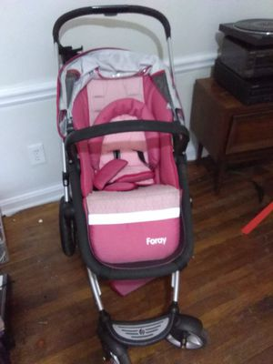 Maxi cosi foray baby stroller pink for Sale in Atlanta, GA