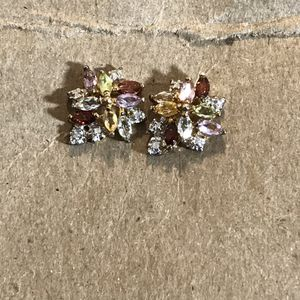 Pair of women's gold earrings with birthstone diamonds for Sale in Chicago, IL