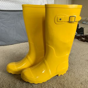 Bright Yellow Rain Boots for Sale in Wake Forest, NC