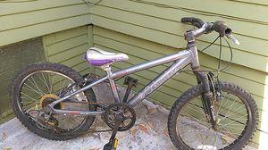 Columbia aluminum Kids mountain bike for Sale in San Diego, CA