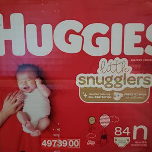 Newborn Little Snugglers Diapers for Sale in Los Angeles, CA