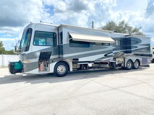 2005 Zephyr By Tiffin Diesel Motorhome 45FT 4 Slides Tag Axle for Sale in Haines City, FL