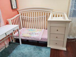 Crib - Sorell Kids Furniture Set of 2 Cribs / Beds, Dresser and Desk for Sale in Torrance, CA