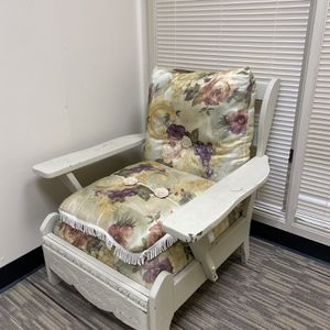 vintage floral chair made w wood for Sale in Aurora, CO