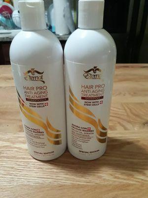 Este shampoo puede ayudar rejuveneser tu cabello tiene muchos venifios for Sale in Chicago, IL