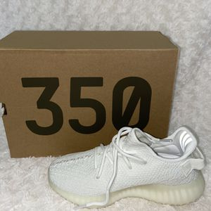 Yeezy Boost 350 White for Sale in Lathrop, CA