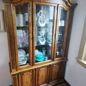 China cabinet for Sale in Staten Island, NY