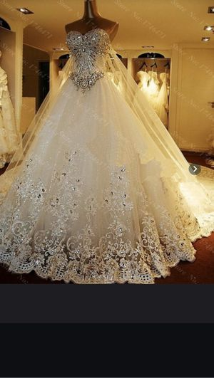 Wedding Dress about a size 10 for Sale in Riverview, FL