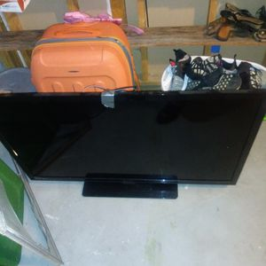 55 Inch Tv. (Used) for Sale in Denver, CO