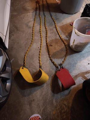 Swings. Little rusty for Sale in Grain Valley, MO