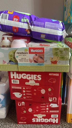 Newborn and 1 month diapers. for Sale in Las Vegas, NV