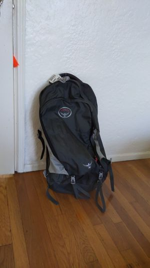 OSPREY 55 FARPOINT BACKPACK LUGGAGE for Sale in Los Angeles, CA