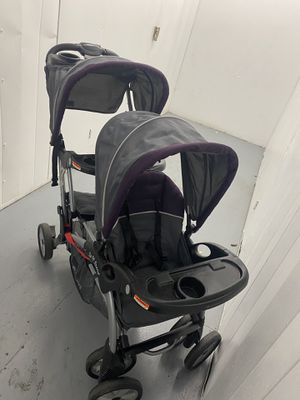 Babytrend Sit n Stand Double Stroller for Sale in Anaheim, CA